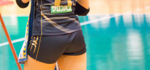 woman-volley-ball-04246