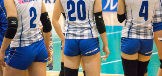 woman-volley-ball-04127