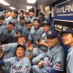 ノムさんに古田、池山隆寛、川崎憲次郎、飯田哲也も…燕軍団集合写真にファン感涙